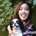 Hyomin and Youngmini sit down for an interview together for 'Star Pet Story'